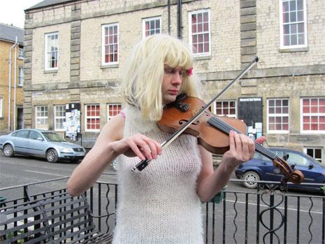 Lynda Beast in Kirkbymoorside © Simon Thackray